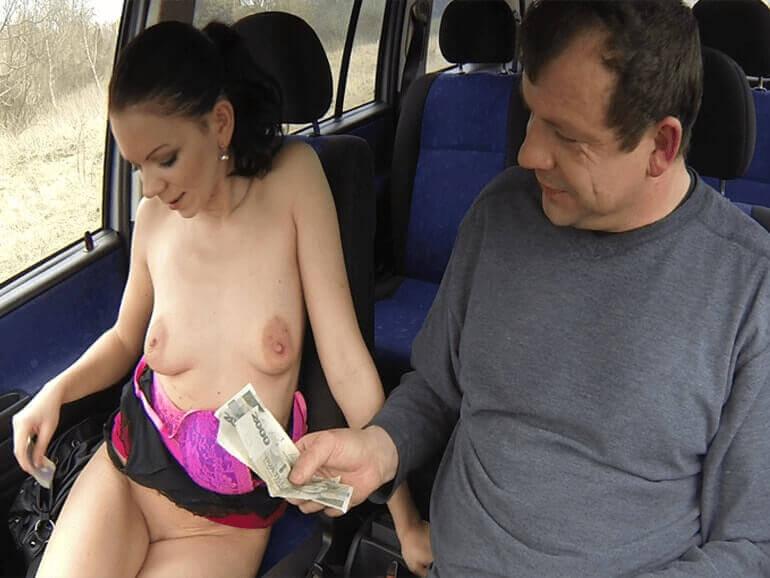 Tschechen Nutte im Auto bezahlt vor dem Ficken